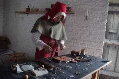 Le travail de l'étain. Quelques motifs et les différents outils et types de moules utilisés